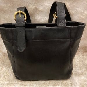 COACH VINTAGE Tote Style #4157 Black Leather